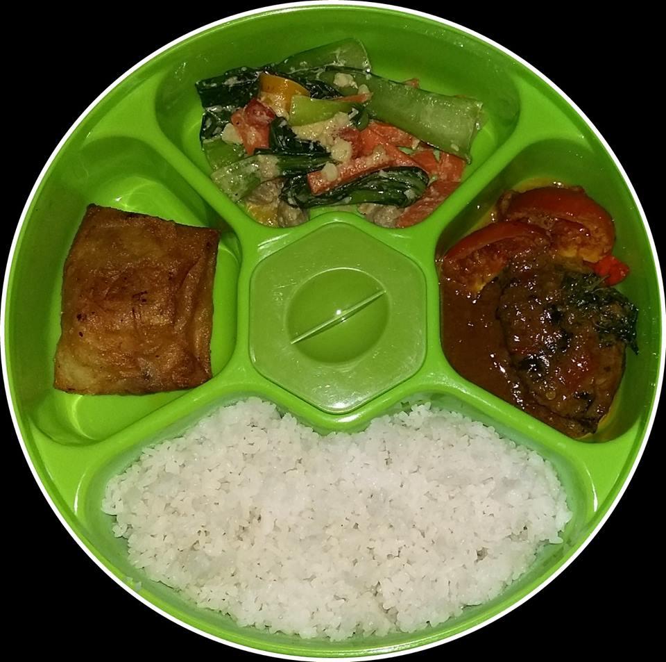 Katering Rantangan Makan Siang