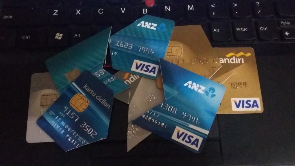 Bye..bye.. kartu kredit