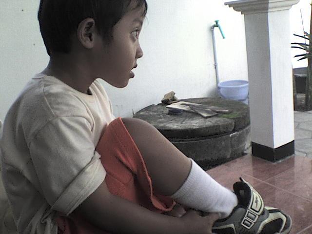 mengajarkan kemandirian pada anak
