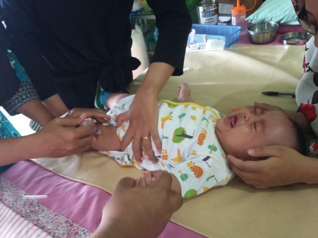 Imunisasi Polio 3 & DPT+HiB+HB 3