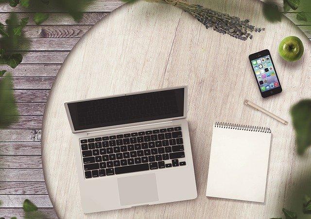 content writer atau blogger
