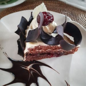 black forest cake gadjah wong
