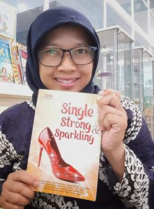 review buku single strong and sparkling
