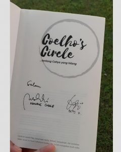 tanda tangan penulis Coelho's Circle